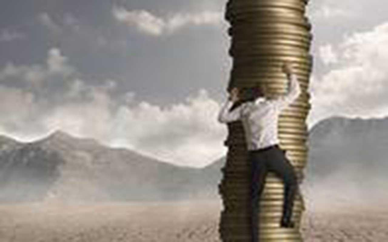 salaris financial controller